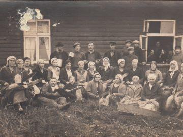 Linaropsimise talgud Otsa talus, 22. oktoober 1934, Helmi Edovald erakogu