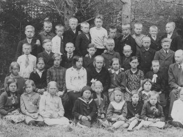 Munalaskme algkooli õpilased 24.V.1932a. Foto: Einar Alliksaar erakogu