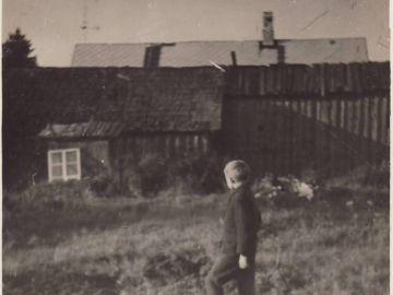 """""""Laitse vallamaja hoone kuuekümnendatel"""" Foto: Einar Alliksaar erakogu"""